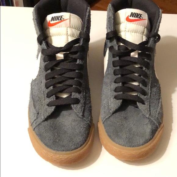 info for 7e9c6 c62c5 Women's Nike Blazer Mid Vintage in Blue Suede
